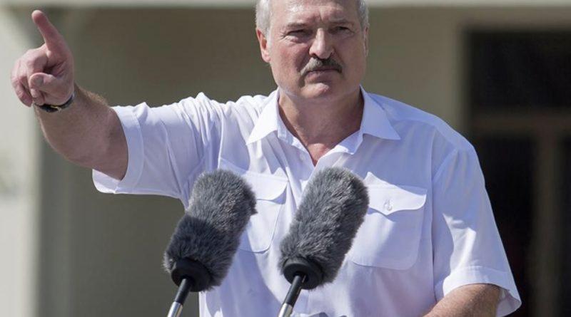 Лукашенко: «Ви дограєтеся я перетну кордон без зброї і зберу не 40 а всі 90% українців, і ми поернемо Україну до …»
