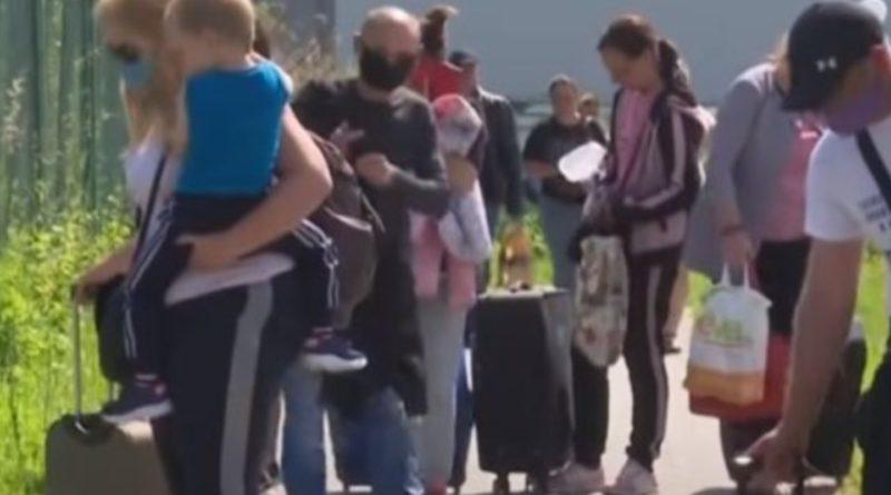 Як і обіцяли: Бачили, що робиться на кордоні!?Українців переманюють разом з сім'ями, кого шукають і скільки готові платити