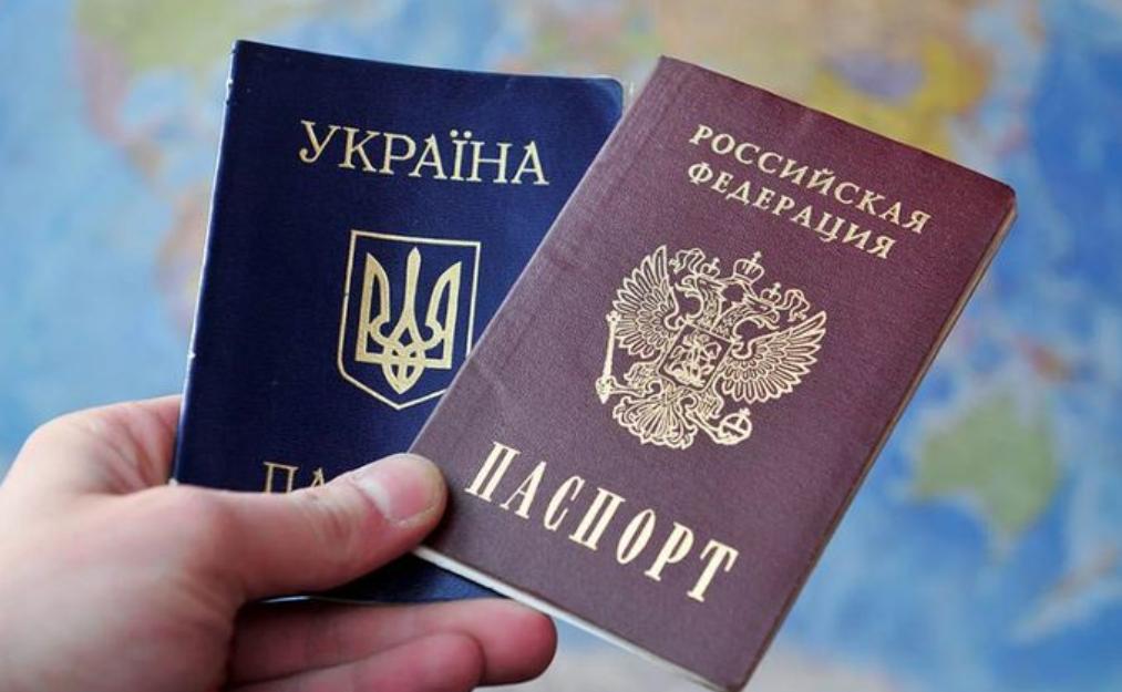 """Ми раніше вас попереджали, а тепер таки зробимо це: """"Слуги народу"""" пропонують обмежити виборчі права українцям які мають паспорта Росії"""