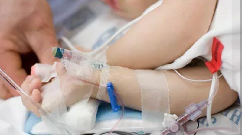 Понеділок розпочався з поганих новин: 7-річний хлопчик, який був у важкому стані у лікарні – помер