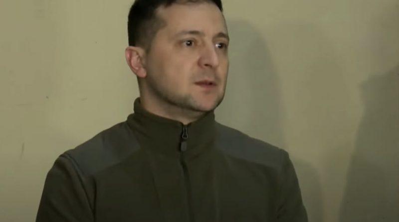 Слова президента підняли на вуха всю мережу: Зеленський зійшов з літака і заявив, що Україна більше не допустить подій 2014 року, – підписано закони