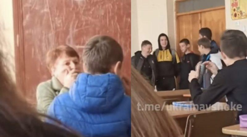 У Києві вчителка відмовиляється від уроків через те, що учні співають на уроці пісні про Бандеру (відео)